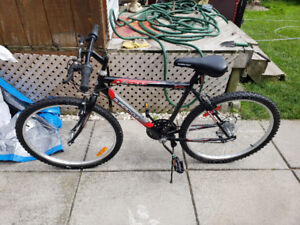 Selling Brand new Bicycle with 1 year Canadian Tyre Warranty