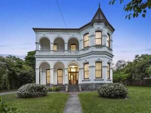 Small Furinshed Room for Rent in Artist's Manor - Box Hill! Box Hill Whitehorse Area Preview