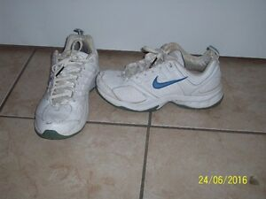 nike shoes, ladies 7 1/2