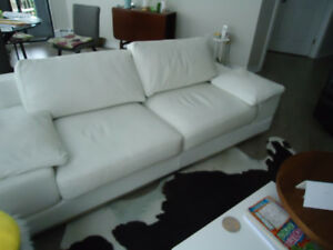 TOP QUALITY MODERN LEATHER SOFA