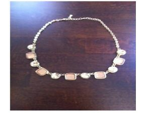 Fashion Necklace in excellent cond