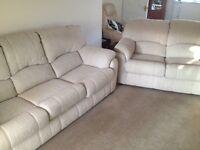 Cream beige 3 seater & 2 seater sofa set Excellent condition