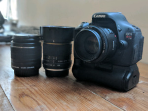 Canon t3i camera bundle for great price!