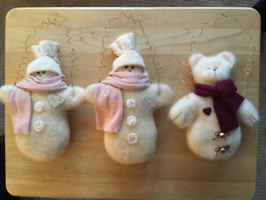 2 ADORABLE SNOW GIRLS AND 1 SNOW TEDDY