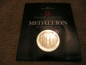 Medallion Stonehenge 38 mm  22 CT gold plated coin England UK