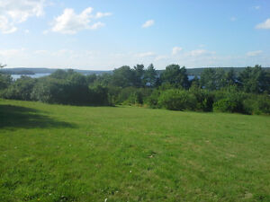 Great lake front lot in Lunenburg Co, Mahone Bay 8 minutes