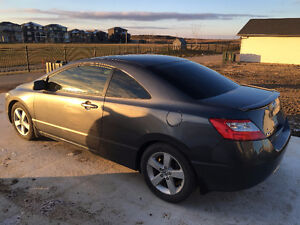 2010 Honda Civic Coupe (2 door) Moose Jaw Regina Area image 3