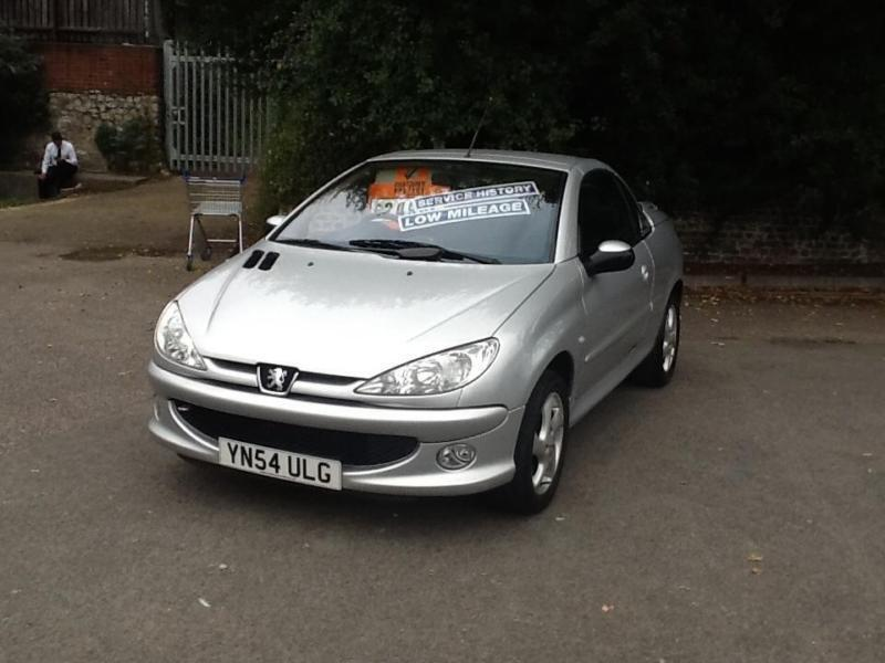 Peugeot 206 cc, only 28000 miles !
