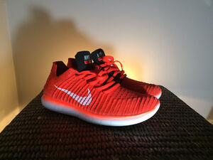 NIKE FREE RN FLYKNIT- AMAZING CONDITION