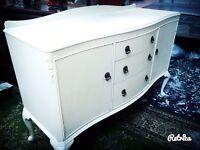 Beautiful vintage sideboard ... Side dresser on Queen Anne legs