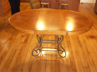 Oak Oval Dining Table  -60 x 42 inches