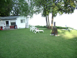 Bobcaygeon, Lake front Cottage for rent
