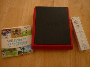 Console Nintendo Wii Mini avec 1 jeux