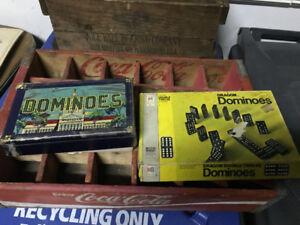 1 FULL SET OF VINTAGE DOMINOES + ORIGINAL BOX