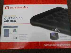 Queen size air bed  Cornwall Ontario image 1