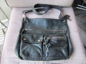 MILLENI & FOSSIL  Leather Purses Make me an offer Kitchener / Waterloo Kitchener Area image 6