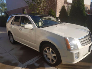 2005 Cadillac SRX Leather SUV, Crossover