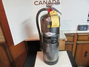"""DISPLAY ONLY 9.5 LITRE PRESSURIZED WATER FIRE EXTINGUISHER 24""""X7"""