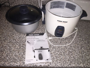 BLACK AND DECKER RICE COOKER - MODEL RC426C