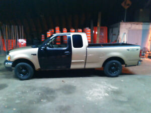 2000 Ford F-150 XL Camionnette