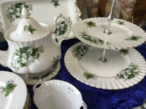 Royal Albert Trillium China