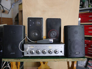 Realistic Amp and 4 desk top  speakers Kingston Kingston Area image 1