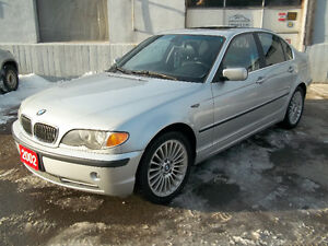 2002 BMW 3-Series 330xi Sedan