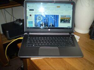 HP PAVILION QUAD CORE 2.2 Ghz / Touch Screen Laptop