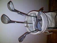 set de golf droitier precision. Ideal pour débutants ou pratique