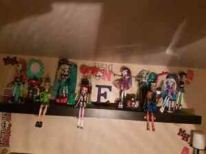 10 Monster High Dolls For Sale Windsor Region Ontario image 1
