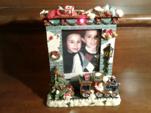 Lighted 4x6 Christmas Picture Frame Brand New