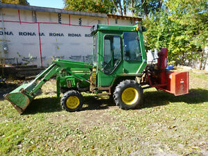 Hi I am looking for a compact tractor