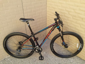 "BIKE,,GT,,MOUNTAIN BIKE, 29"",HYDRAULIC BRAKES,EXCELLENT BIKE"