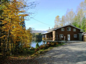 Waterfront Chalet Ghislaine Mont Tremblant - 12/28 - 01/02/2019
