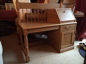SOLID OAK PHONE TABLE