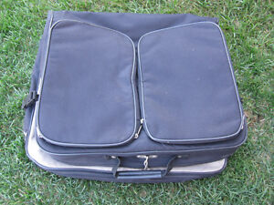 SUIT Carrying case/bag Peterborough Peterborough Area image 1