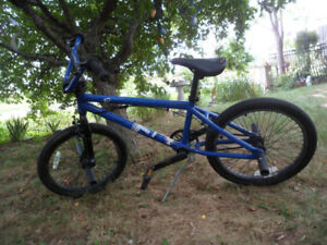 Haro F1 BMX Bike Bicycle Trick Blue Tektro S7X