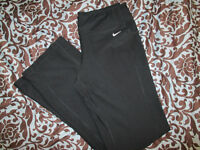 Womens Nike Dri Fit black pants in excellent condition size M