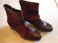 Boots leather size 4/5 soft
