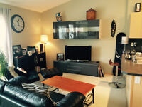 Large Bright Townhouse With Double Garage. Country Hills