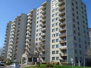 Very Spacious 3 1/2 (3.5) Apartment in Ville St. Laurent (Large)