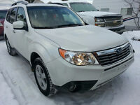 2010 Subaru Forester 2.5X Limited SUV, low km's