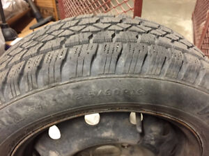 Sale 4 winter tires 215/60R16 ,80% new