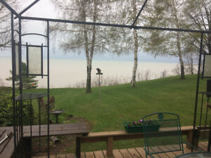 **OH THAT VIEW**Lake View Cottage for rent in Port Burwell**
