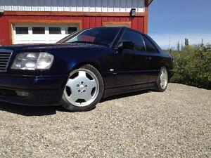 1990 Mercedes-Benz 300-Series Coupe (2 door)