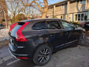 WOW! Lease Transfer 589$ - 2016 Volvo XC60 T5 Special Edition
