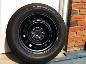 Set 4 winter tires (215/60 R16), rims, nuts. Used for 3 weeks.
