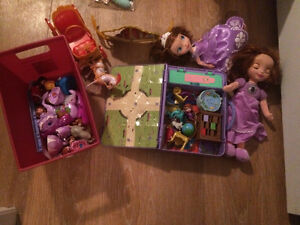 princesse Sofia / sofia the first many dirrent toys