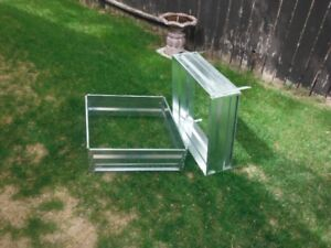 METAL FLOWER BED CONTAINERS