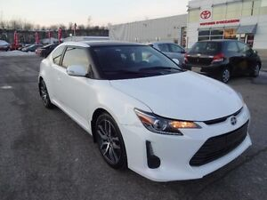 Scion tC  MAGS TOIT PANORAMIQUE 2014